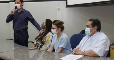 Paranaíba: Saúde capacita médicos ginecologistas, obstetras e enfermeiros para inserção de Larcs.