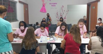 """Saúde de Paranaíba realiza atendimento noturno no """"Outubro Rosa"""""""